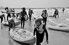 Canoé 2 (soyer_rodrigue) Tags: noordzee nikon nikond5100 d5100 mer sea summer sport canoé blackandwhite blackwhite bw noiretblanc noirblanc nb westende