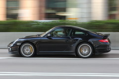Porsche, 997 Turbo S, Wan Chai, Hong Kong (Daryl Chapman Photography) Tags: aj911 porsche german 911 997 turbos pan panning hongkong china sar wanchai auto autos automobile automobiles speed canon 5d mkiv 70200l f28
