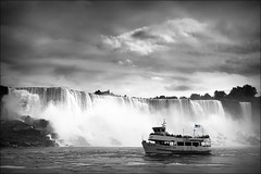 fallen from the sky (bostankorkulugu) Tags: boat sky unitedstatesofamerica unitedstates us usa newyork niagarafalls americanfalls waterfall rocks