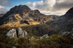 Tryfan (Rhysp1) Tags: tryfan cymry mountains mynyddoeddcymru mynyddoedd rhyswynparry gwynedd glyderau wales wildwales landscape welshlandscapes tirluniau