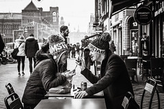 having fun in Amsterdam (Gerard Koopen) Tags: amsterdam noordholland nederland nl city capital straat street straatfotografie streetphotography candid tourists iamsterdam fun passion urban streetlife people man woman laughing bw blackandwhite blackandwhiteonly nikon d810 2018 gerardkoopenphotography gerardkoopen