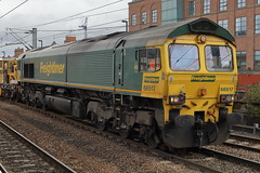 66517 7K10 (Rob390029) Tags: freightliner 66517 class 66 newcastle central station ncl