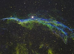 NGC 6960 - Veil Nebula (SHO) (DeepSkyDave) Tags: astrophotography astrofotografie astronomy astronomie night sky nacht himmel stars sterne deepsky cosmos kosmos natur nature long exposure langzeitbelichtung low light