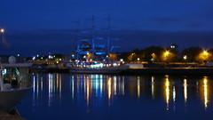 Une promenade sur les quais de Rouen (jeanlouisallix) Tags: rouen seine maritime haute normandie france fleuve rivière berge bateaux port