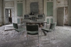 Love Castle (notanaddict321) Tags: chateau schloss verlassen verfall pc computer naturewins nature chairs decay destroyed désaffecté derelict abandoned abadonedplaces urbanexploration leerstehend lost