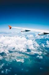 沖縄。美ら島 (stanley yuu) Tags: そら 海 美ら島 沖縄 日本 飛行機 雲 sea cloud sky airplane okinawa japan nature 自然 沖繩