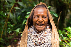 The chief's wife (Jojje Olsson) Tags: png papuanewguinea asia pacific tribes tribal nature highlands mountains culture