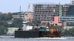 """""""Genesis Vision"""" and Barge (blazer8696) Tags: 2018 ecw milton ny newyork t2018 usa unitedstates boat genesis img1746 tug tugboat vision"""