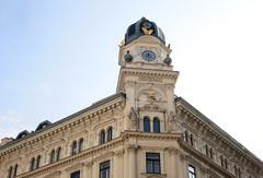 Generali-Haus (Don Claudio, Vienna) Tags: versicherungen wien vienna generali graben österreich austria 13 turmaufbau turm spiegelgasse insurance building facade hof city group