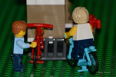 Bike park (291365) (Tas1927) Tags: 365the2018edition 3652018 day291365 18oct18 lego minifigure minifig