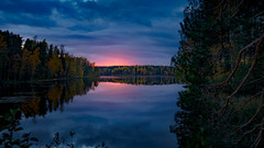 Sunset on the Lake Nerosjärvi (VanhalaK) Tags: finland nerosjärvi hämeenlinna sunset sundown lake forest clouds colors reflections sony sun trees rx100 rx100m4 rx100iv dscrx100 outdoors view red blue silence zen kauhasalo scenery autumn auttoinen scandinavia europe