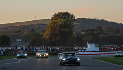 Dusk on Kinrara Trophy (NaPCo74) Tags: goodwood revival 2018 lord march duke richmond classic historic race racing car vintage sussex chichester england english britain british canon eos 700d jaguar etype typee type e coventry 38 km1 ferrari 250 gt swb short wheel base v12 colombo italie italia italy