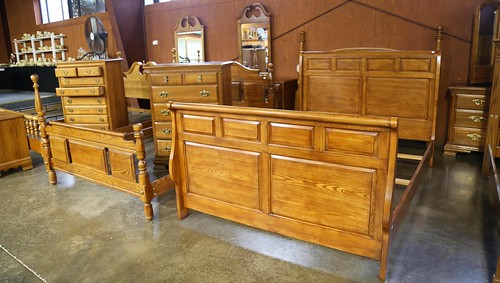 Queen size sleigh bed ($252)