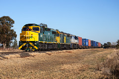 IMG_7507 (PJ Reading) Tags: ssr southernshorthaulrailroad cclass 442class vlclass centralwest nsw newsouthwales dubbo fletchers intermodal diesel locomotive freight goods australia aussie aus oz ozzie rail railway train cargo containers