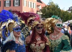 venezianische Messe Ludwigsburg - 30 (fotomänni) Tags: venezianischerkarneval venezianisch venetiancarnival venetian venezianischemasken venetianmasks venetiancostumes venezianischekostüme kostüme kostümiert kostüm costumed costumes venezianischemesseludwigsburg manfredweis
