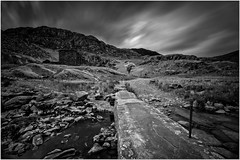 High winds at Cwmorthin (Hugh Stanton) Tags: path mine works stormy