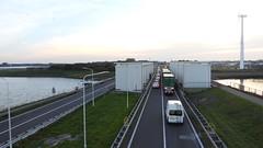 DSCN8801 (DutchRoadMovies) Tags: stevinsluizen afsluitdijk den oever a7 rijksweg ijsselmeer waddenzee bridge lake freeway motorway water sea locks