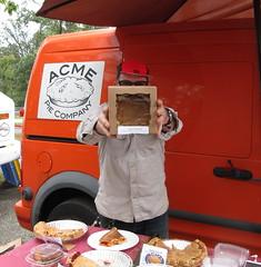 Acme Pie Company at DCCX 2018 (Mr.TinDC) Tags: people friends pie sol acmepie food dessert