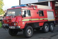 T271 MBA (Ben - NorthEast Photographer) Tags: greater manchester fire rescue service gmfrs steyr pinzgauer 6x6 off road offroad rural bolton north t plate t271 mba t271mba
