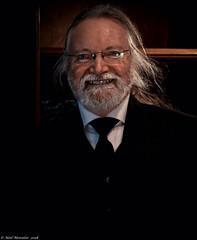 What did he see ? (In colour). (Neil. Moralee) Tags: neilmoralee butler servant man manservant face smile beard white whitebeard glasses suit shirt tie portrait lanhydrock olympus omd em5 neil moralee colour color whitehair hair wild happy fun laugh