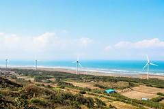 無法抗拒的景色 (alex291556) Tags: taiwan miaoli trip travel attraction scenery windmill sea ocean coast beach sky canon eos 80d camera photography 台灣 苗栗 苗栗景點 好望角 風車 海 天