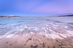 Moon Rising - Scarborough, North Yorkshire, UK (Gemma Photo Freak) Tags: d7100 nikon scarborough northyorkshire uk moon rise sunset rising longexposure lighthouse beach pebble