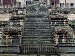 180726-096 The stairs (clamato39) Tags: escalier stairs angkor angkorwat cambodge cambodia asia asie temple religieux religion ancient ancestrale historique historic history