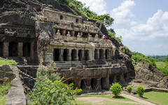 Undavalli Caves (19) (Sanyam Bahga) Tags: d7000 1680 india andhrapradesh vijayawada cave undavalli rockcut guntur architecture sandstone temple hindu buddhist