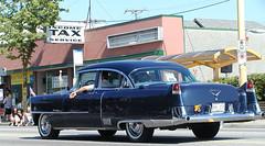 1954 Cadillac Fleetwood  Series 60 Special 4-door sedan (D70) Tags: carsfeatureinthisannualeventovertheyearshatsoffday showandshine hastingsstreet burnaby britishcolumbia canadaformyvideoahrefhttpsyoutubemtfsypnq6vyrelnofollowyoutubemtfsypnq6vya cadillac 4door sedan series 62 series62 1954 fleetwood 60 special
