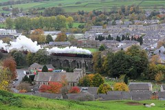 WCR 1Z10 'The Pendle Dalesman' heads north over Marshfield Viaduct in Settle with Stanier LMS 8F No. 48151 on a cold dull autumnal morning 27-10-18 © (steamdriver12) Tags: yorkshire north west riding frosty autumnal wcr 1z10 the pendle dalesman marshfield viaduct settle stanier lms 8f no 48151 cold dull morning coast railways smoke steam preservation coal oil england trees landscape