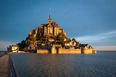 Mont Saint-Michel (Valdy71) Tags: mont saint michel france francia travel nikon valdy abbazia abbey sunrise water