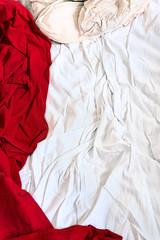 Noon Some Sunday (pni) Tags: surface bed red white bedsheet pillow pillowslip pillowcase cinc helsinki helsingfors finland suomi pekkanikrus skrubu pni