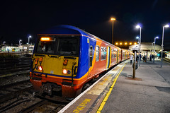 456013 - Clapham Junction - 29/09/18. (TRphotography04) Tags: south western railways 456013 stands clapham junction with 2h57 1901 london waterloo shepperton
