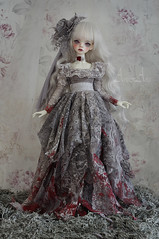Wounded Dove (AyuAna) Tags: bjd ball jointed doll dollfie ayuana design minidesign handmade ooak clothing clothes dress set couture fashion fantasy slim msd mnf minifee fairyland size sewing sewingfordolls dollinmind dim laia