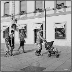 Borg Driver_Spancirfest (Koprek) Tags: rolleiflex28f film analog croatia spancirfest summer 2018 6x6 120 fomapan 100 streetphotography stphotographia