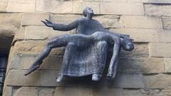Donosti D045. (Joanbrebo) Tags: donosti estatuas statues art arte iphonex iphone365 pieta jorgeoteiza joséramónanda