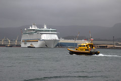 Voyager of the Seas, Port Kembla (RossCunningham183) Tags: voyageroftheseas portkembla wollongong australia cruiseship pilot tugboat royalcaribbean workingboats portkemblaharbour harbour