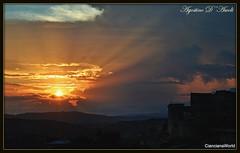 Raggi di sole... Autunnali - Settembre-2018 (Agostino D'Ascoli) Tags: nikon nikkor cianciana sicilia sunset agostinodascoli tramonto texture nature sole cielo rosso autunno settembre