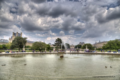 Jardin des Tuileries (Jan Kranendonk) Tags: paris france french parisian building architecture sunny sky art landmark marble famous people tourism tourists travel sightseeing trees park fountain water pond chairs seats jardindestuileries tuileries sitting seated crowd crowded busy statues louvre museum hdr