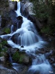 Vall de Nuria (Gatodidi) Tags: nuria agua rocas naturaleza cascadas río bosque natura valle vall santuario seda paisatge paisaje