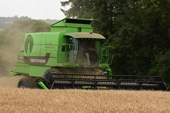 Deutz Fahr 5690 HTS Combine Harvester cutting Spring Barley (Shane Casey CK25) Tags: deutz fahr 5690 hts combine harvester cutting spring barley sdf df green samedeutzfahr deutzfahr glenville grain harvest grain2018 grain18 harvest2018 harvest18 corn2018 corn crop tillage crops cereal cereals golden straw dust chaff county cork ireland irish farm farmer farming agri agriculture contractor field ground soil earth work working horse power horsepower hp pull pulling cut knife blade blades machine machinery collect collecting mähdrescher cosechadora moissonneusebatteuse kombajny zbożowe kombajn maaidorser mietitrebbia nikon d7200