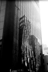 行列演算 (matrix operation) (Dinasty_Oomae) Tags: leicaiiia leica ライカiiia ライカ 白黒写真 白黒 monochrome blackandwhite blackwhite bw outdoor 東京都 東京 tokyo 中央区 chuoku 銀座 ginza