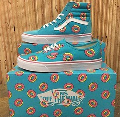 Photo (TrueTasselPokeweed) Tags: food odd future vans donuts sk8hi authentic | sneakernewscom httpsbuffly2ol6k3a httpsbuffly2ogfdv5 october 16 2018 1100am