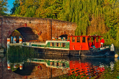 Just checking (mike_reid.5710) Tags: em1ii olympus england bridge river sonning thamesvalley architecture sunrise boats dutchbarge landscape berkshire