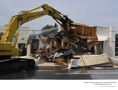 2008 mangia restaurant demolition  stuyvesant plaza (albany group archive) Tags: early 2000s
