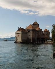 Kasteel Chillon is op een rots in het meer gebouwd. (limburgs_heksje) Tags: zwitserland schweiz swiss meervangeneve chateau chillon berner oberland grens