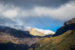 Nevado del Ruíz, Colombia (fotosclasicas) Tags: volcano snowy hicking highlands mountain morning sunrise colombia clouds cloudsstormssunsetssunrises landscape sky light shadows nevado