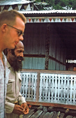 BD_171_777b (Stichting Papua Erfgoed) Tags: manokwari koninginnedag stichtingpapuaerfgoed pace kinderspelen papuaheritagefoundation nederlandsnieuwguinea papua irianjaya irianbarat anthonyvankampen