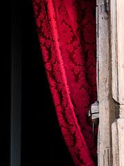 Rideau ! (objet introuvable) Tags: colors couleurs rideau porte curtains door rouge red contrast contraste rue street art mystery mystère