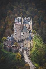 Burg Eltz (chayawita) Tags: burg eltz canon canonistas deutschland germany alemania travel landscape castillo